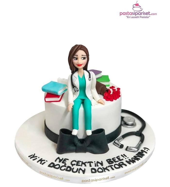 Doktorlara Özel Pasta